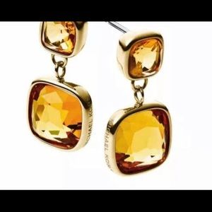 MK DESIGNER CUSHION CUT CITRINE GOLD DANGLE STONE